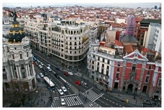 Calle Alcalá/ Gran Vía, Madrid.