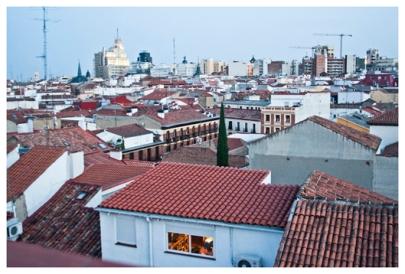 Über den Dächern von Madrid. (Above the roofs of Madrid.)