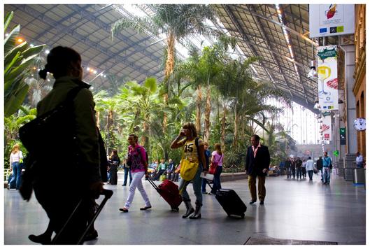 Bahnhof Atocha, der 2004 Schauplatz von Terror-Anschlägen wurde. (Train station Atocha that became showplace of terror attacks in 2004.)